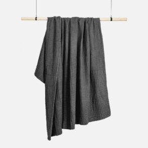 6 lags tæppe i økologisk bomuld grå